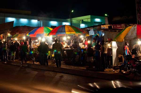 Örtlicher  Markt in Kampala, Kenia